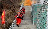 wwwb66661com公安消防、森林消防、公墓消防自救隊舉行聯合滅火救援演練2.jpg
