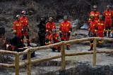 本溪支隊開展冰川懸崖救援教學訓練5.jpg